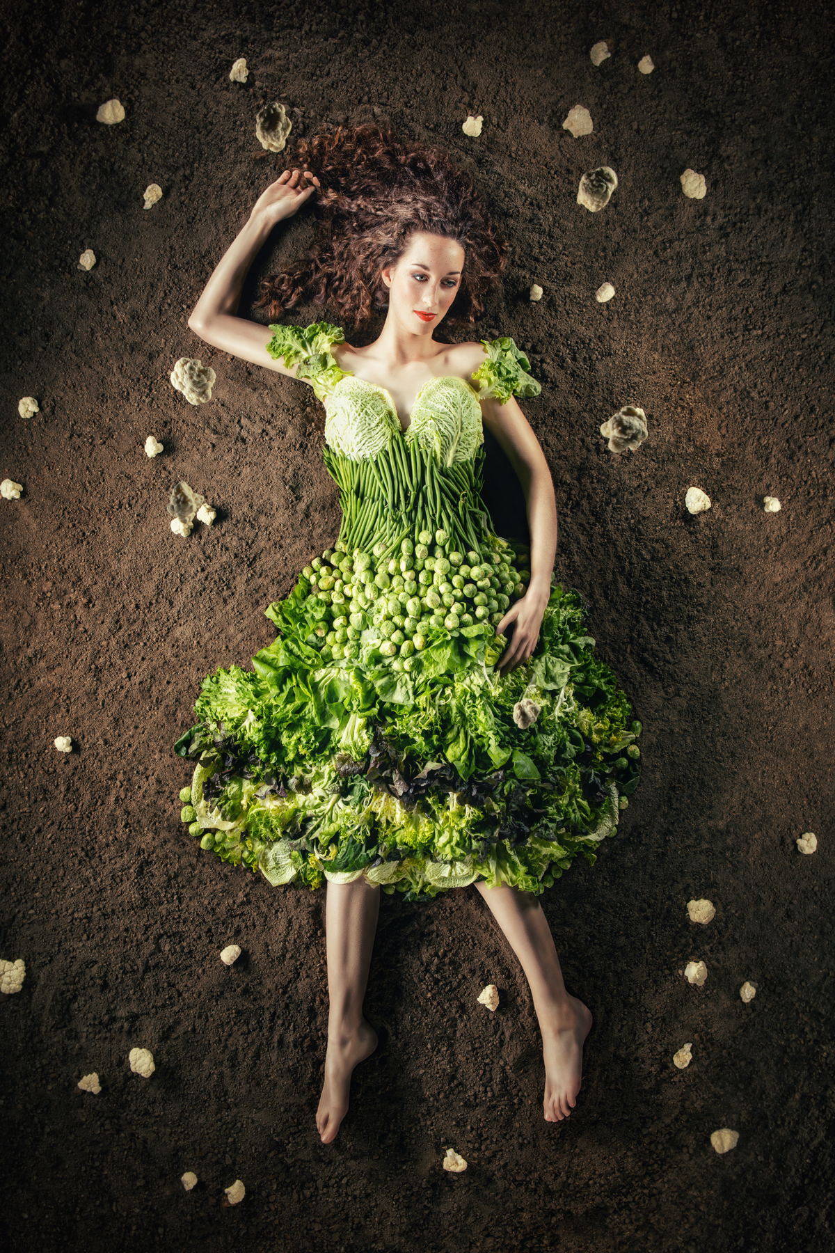 vegetable-fashion-Gemüsekleid-silvana-Arnold-mittel